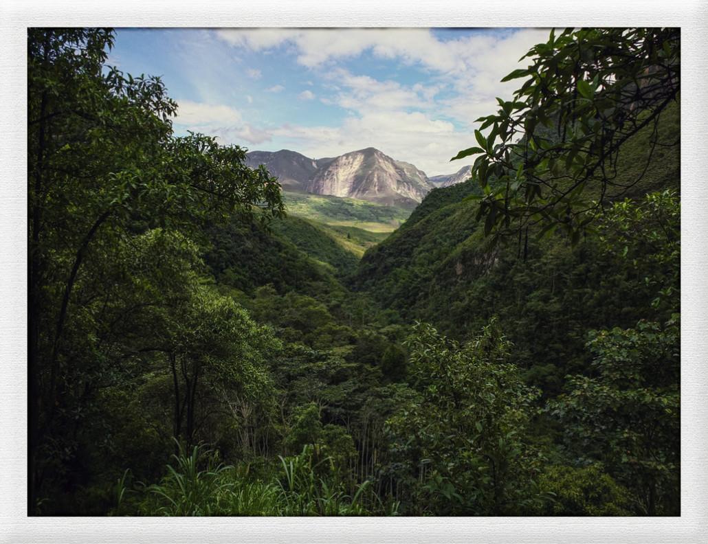Chachapoyas, Wasserfall und Schlumpfhausen